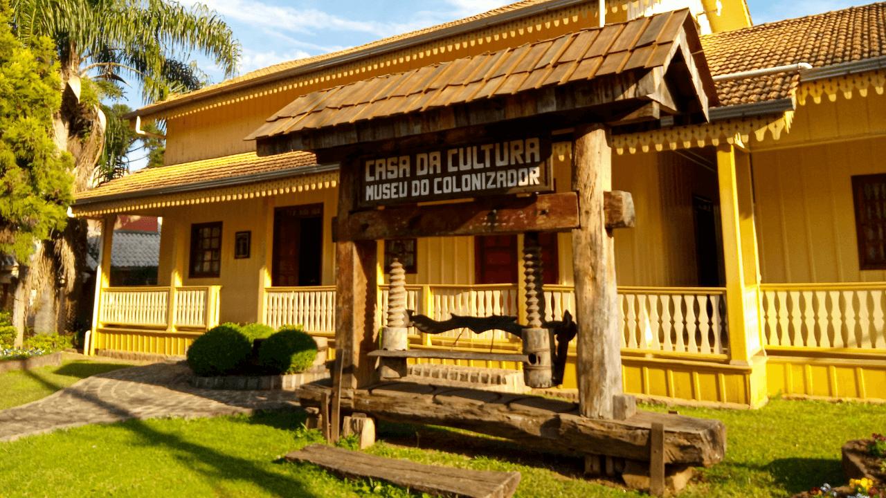 Casa da Cultura - Museu do Colonizador
