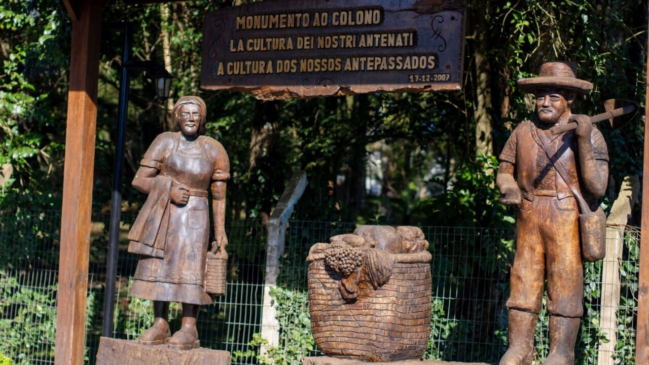 Monumento ao Colono